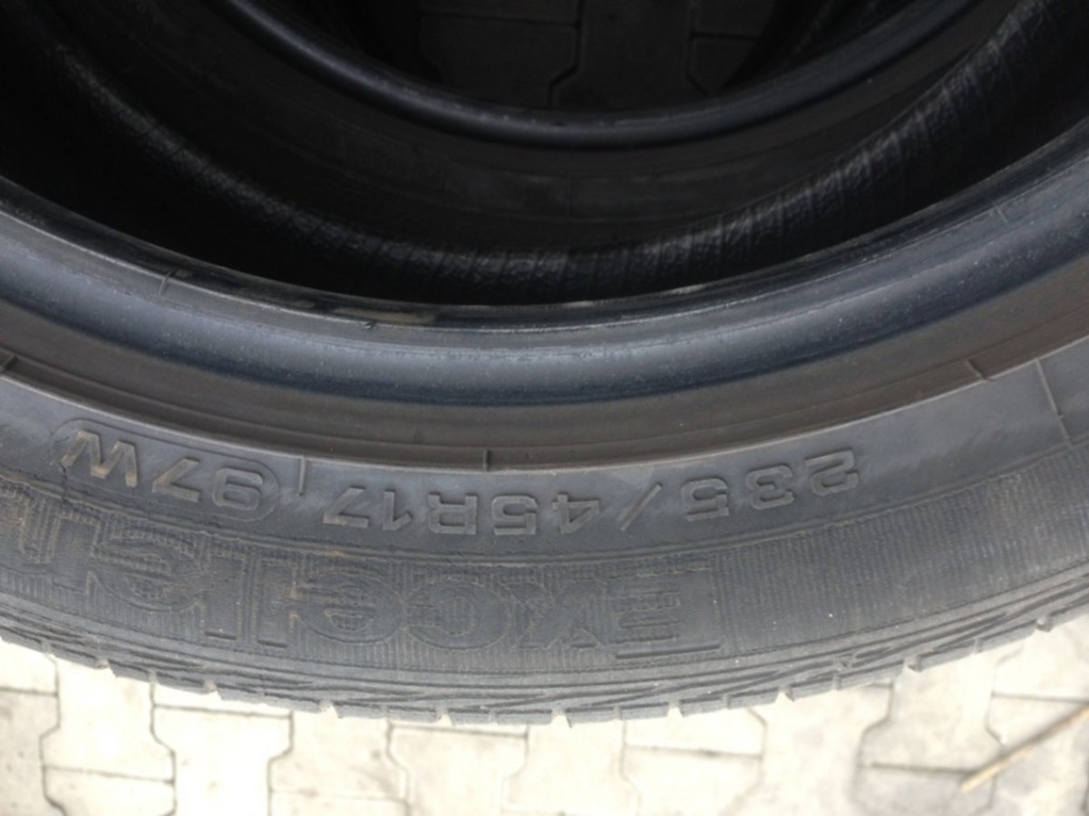 2 opony 235/45/17 goodyear excellence 97w
