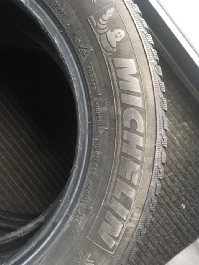 51fad0079dcd8c7e michelin 2 opony michelin alpin 5 205 60 16 2017r