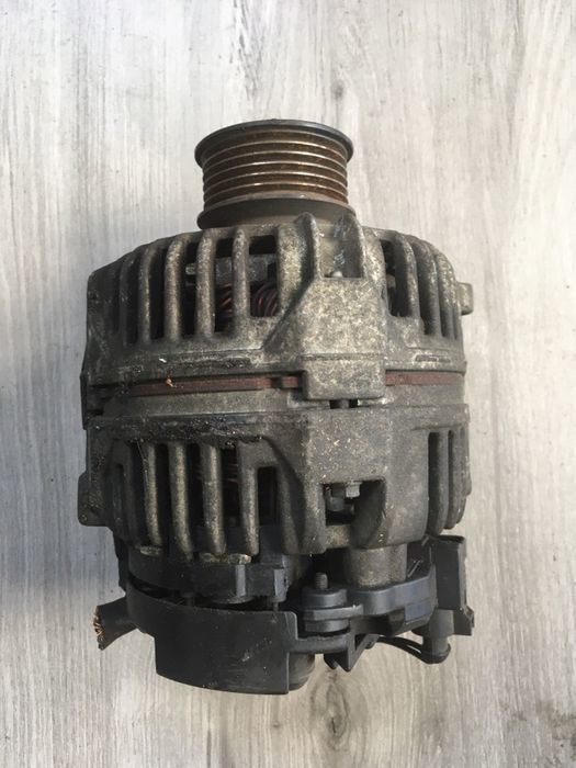alternator bosch Volkswagen Golf 4 1.4 1.6 1.8 028903028d